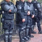 officers_riot_gear_400x549